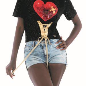 Tričko značkyCulito from Spainje srdcovou záležitostí a to doslova!Nápaditý potisk srdcí
