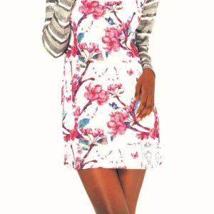 Nádherné a maximálně pohodlnéjsou tytodámské šaty Culito from Spains barevnými květinovými motivy. Majíúpletové rukávy a rolák.Střih: rovný
